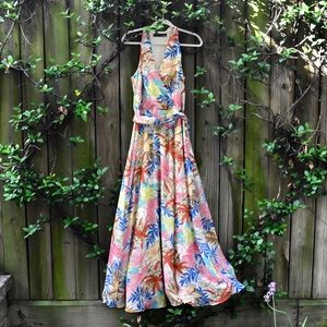 Multi-colored and floral maxi dress!